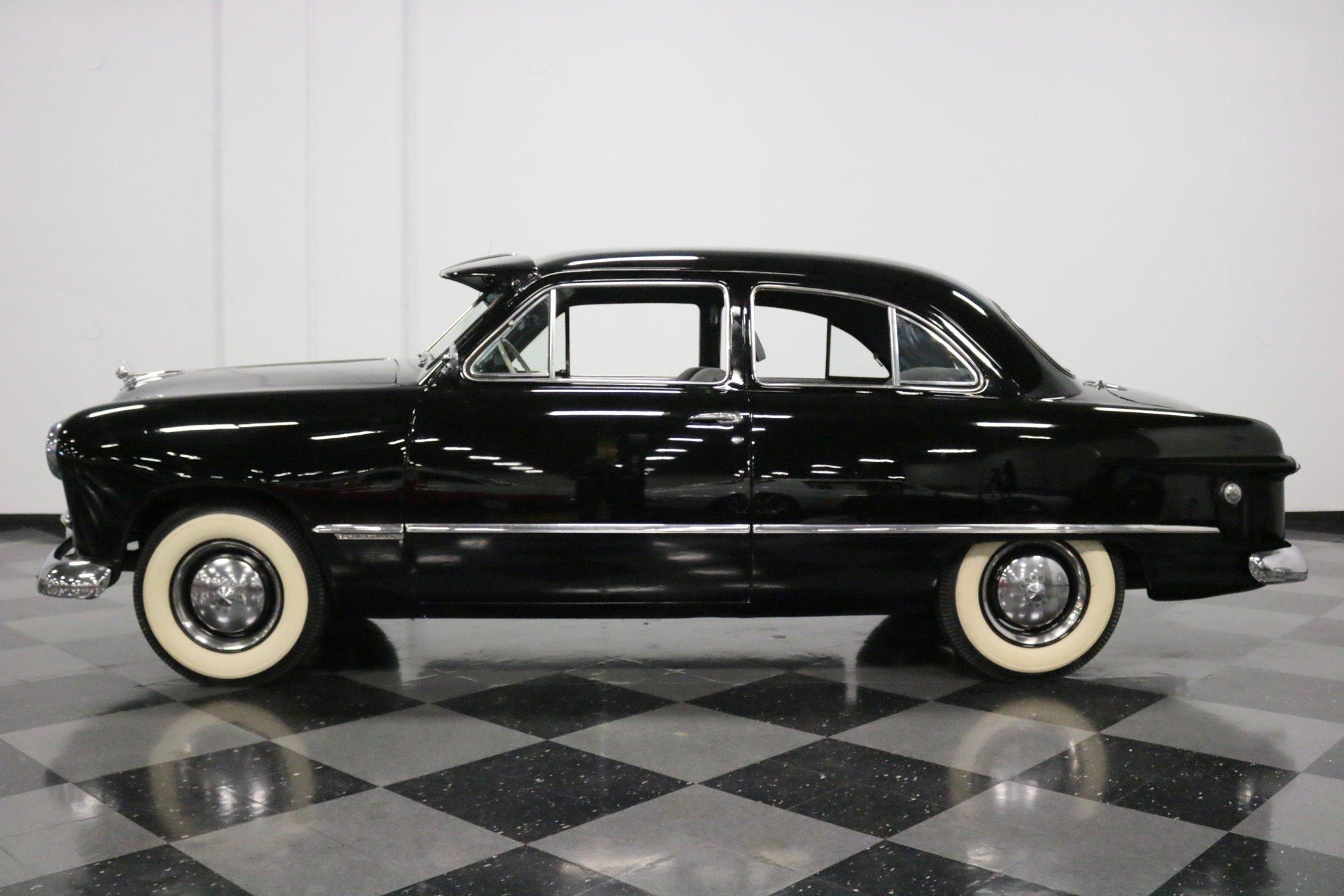 1949 ford custom tudor sedan