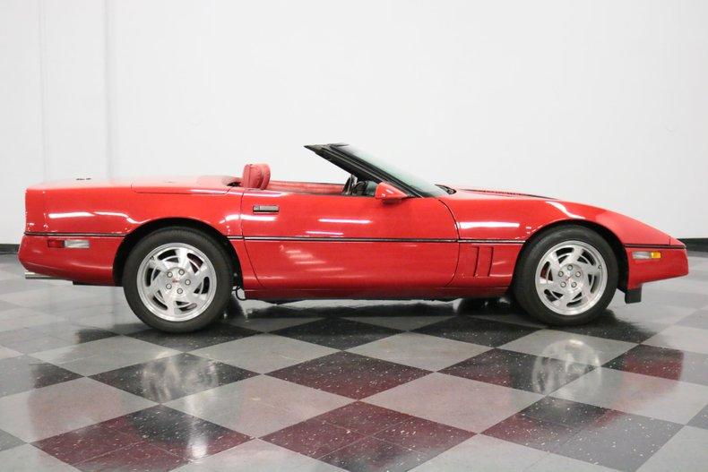 1990 Chevrolet Corvette 38