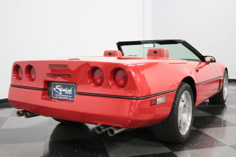 1990 Chevrolet Corvette 12