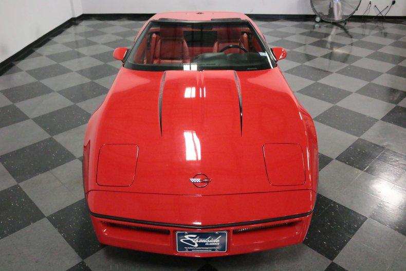 1990 Chevrolet Corvette 26