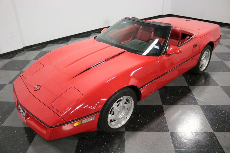 1990 Chevrolet Corvette 21
