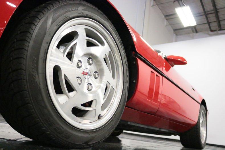1990 Chevrolet Corvette 28