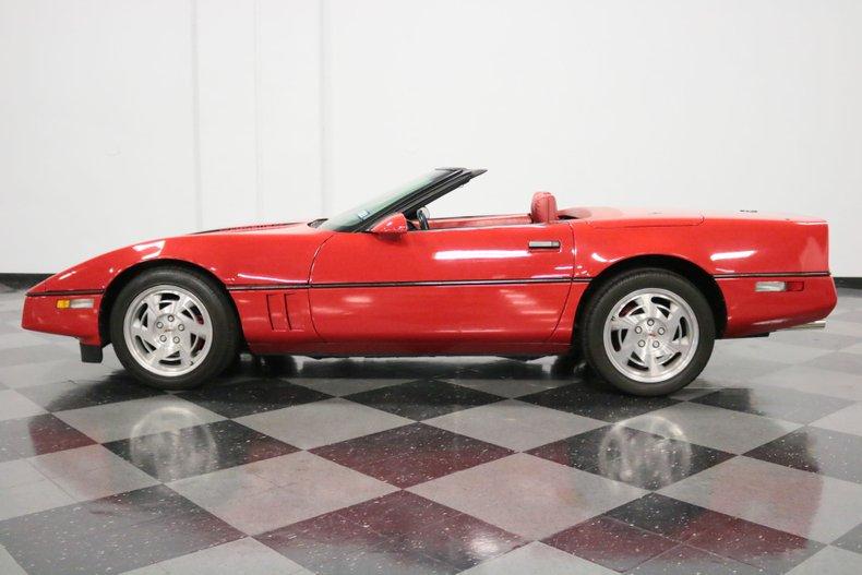 1990 Chevrolet Corvette 2