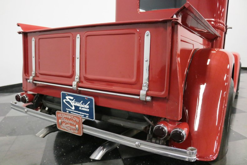 1932 Ford Pickup 32