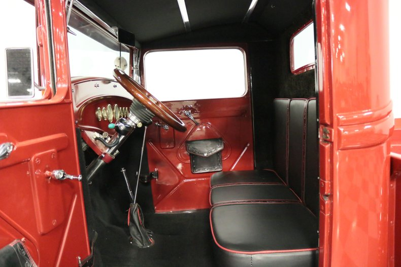 1932 Ford Pickup 4