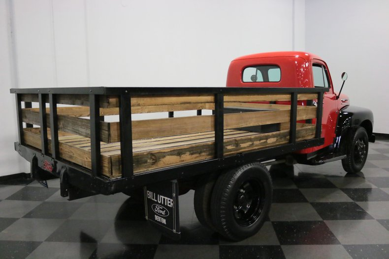 1948 Ford F-4 42