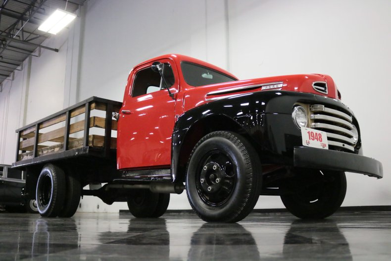 1948 Ford F-4 38