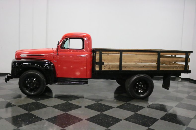1948 Ford F-4 7