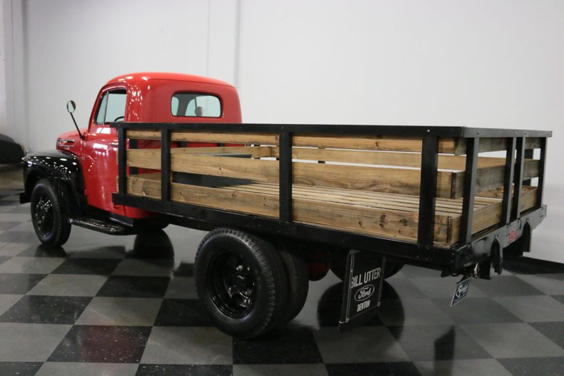 1948 Ford F-4 9