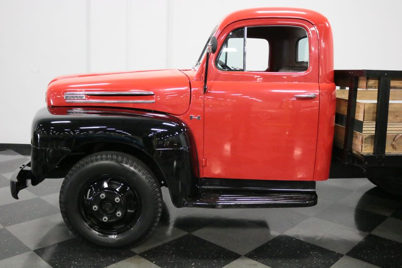 1948 Ford F-4 26