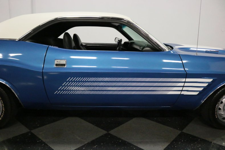 1973 Dodge Challenger 36