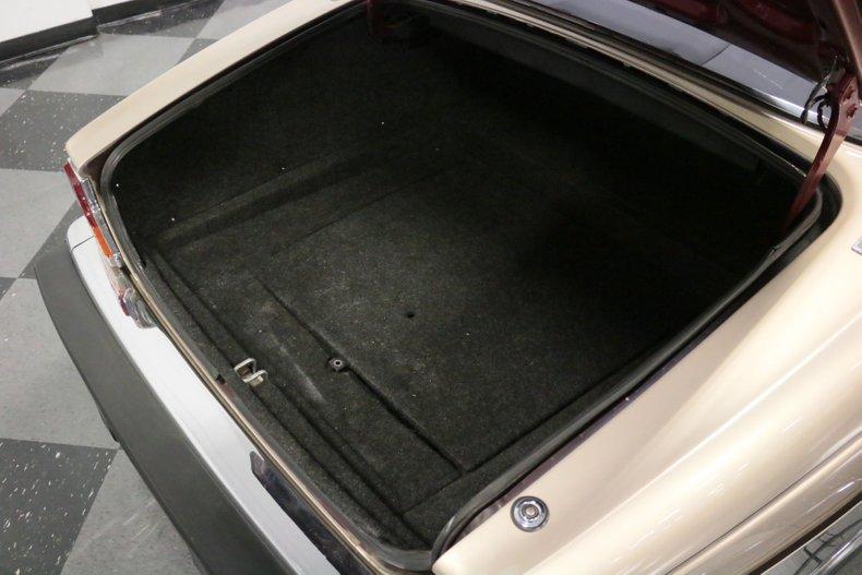 1983 Jaguar XJ6 46