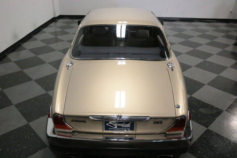 1983 Jaguar XJ6 31