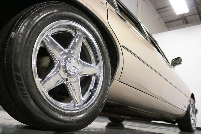 1983 Jaguar XJ6 33