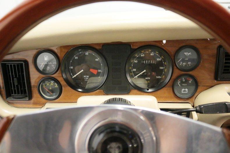 1983 Jaguar XJ6 51