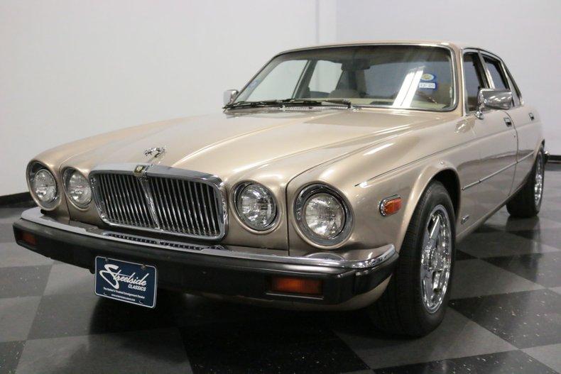 1983 Jaguar XJ6 20