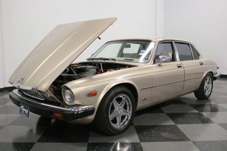 1983 Jaguar XJ6 39