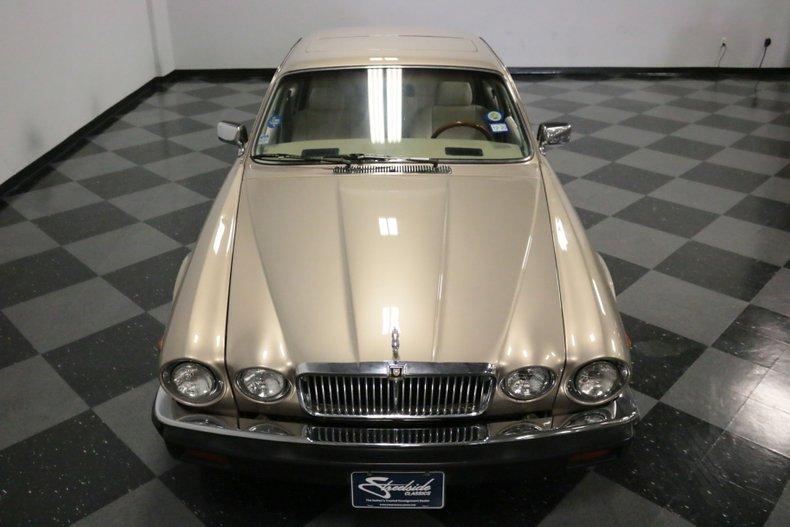 1983 Jaguar XJ6 22