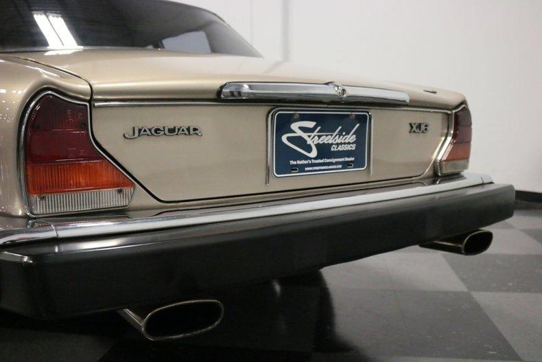 1983 Jaguar XJ6 79