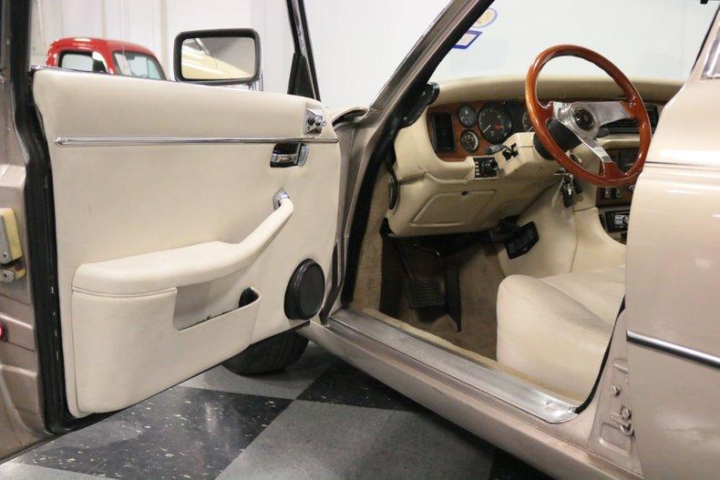 1983 Jaguar XJ6 47