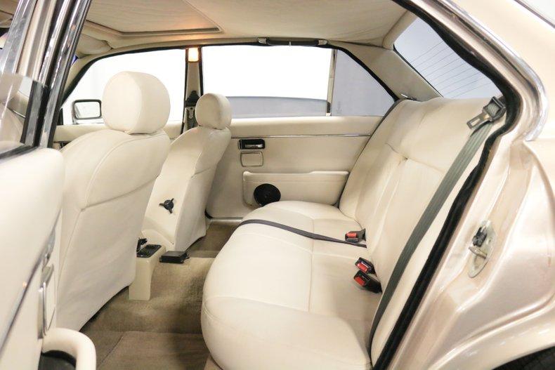 1983 Jaguar XJ6 66
