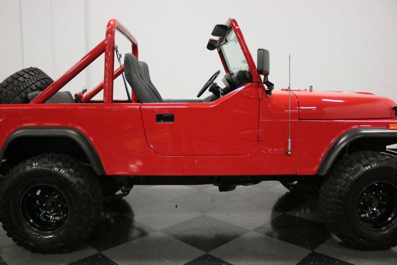 1983 Jeep CJ8 40