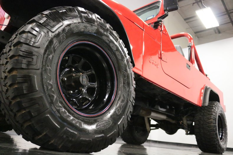 1983 Jeep CJ8 28