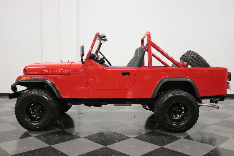 1983 Jeep CJ8 2
