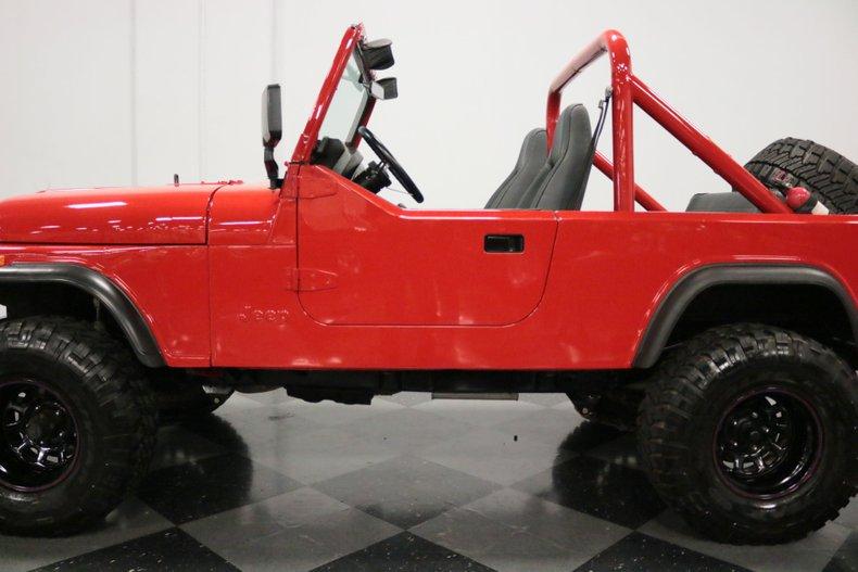 1983 Jeep CJ8 31