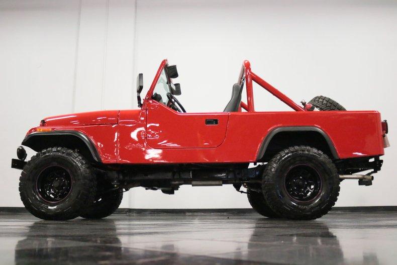 1983 Jeep CJ8 29