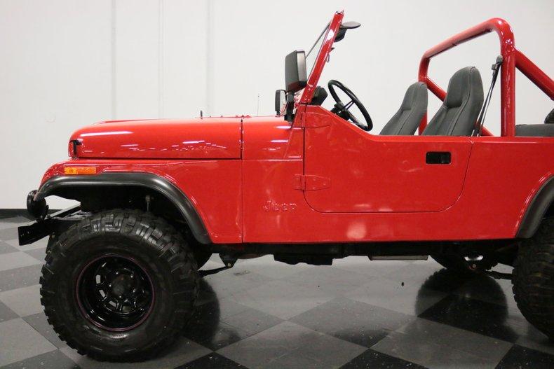 1983 Jeep CJ8 30
