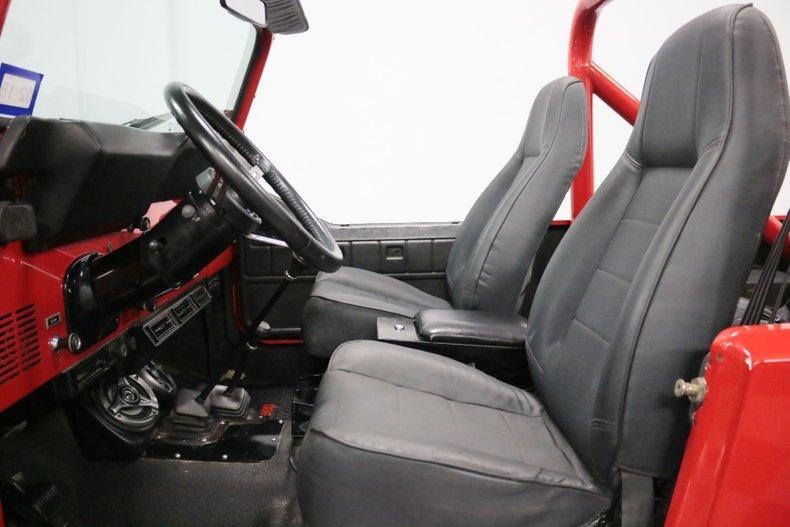 1983 Jeep CJ8 4