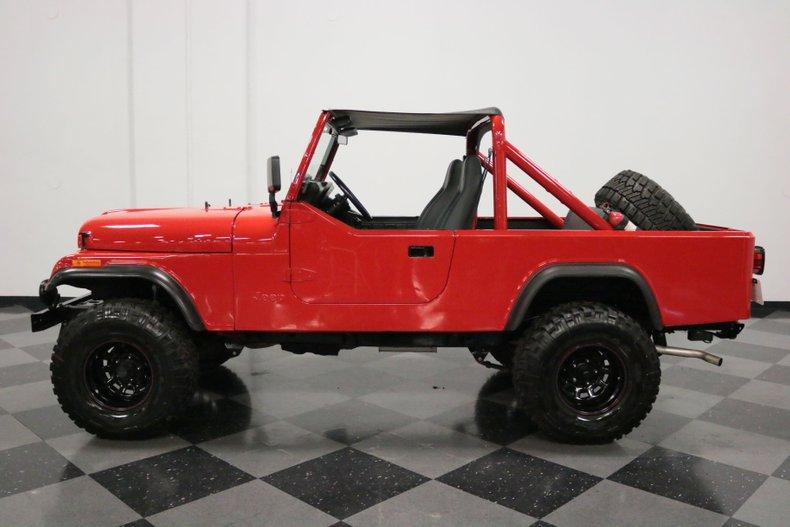 1983 Jeep CJ8 24