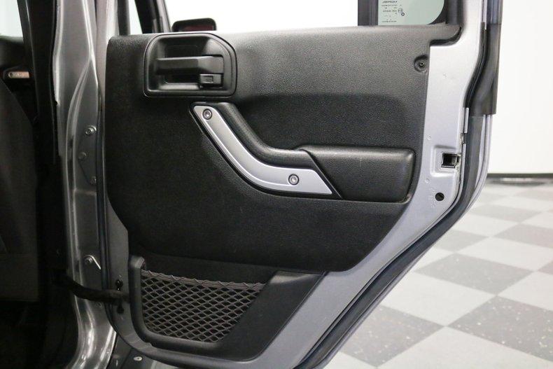 2016 Jeep Wrangler 71