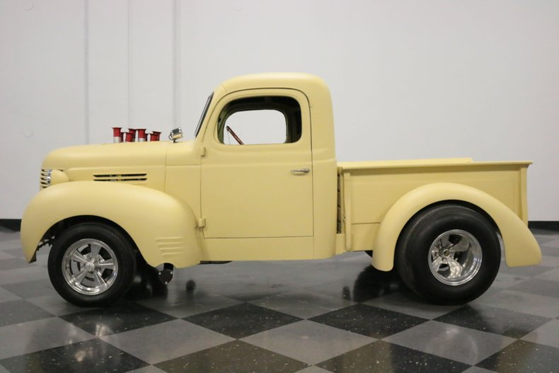 1940 Dodge 1/2-Ton Pickup 2