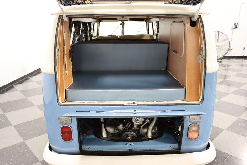1967 Volkswagen Bus 3