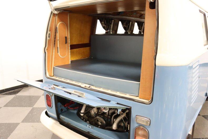 1967 Volkswagen Bus 39