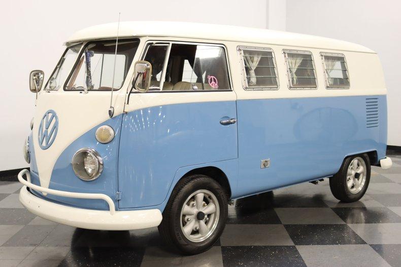 1967 Volkswagen Bus 5