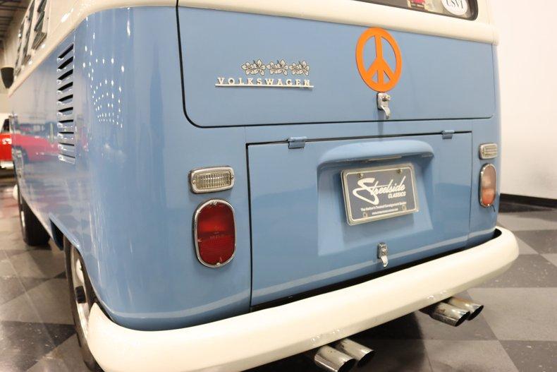 1967 Volkswagen Bus 70