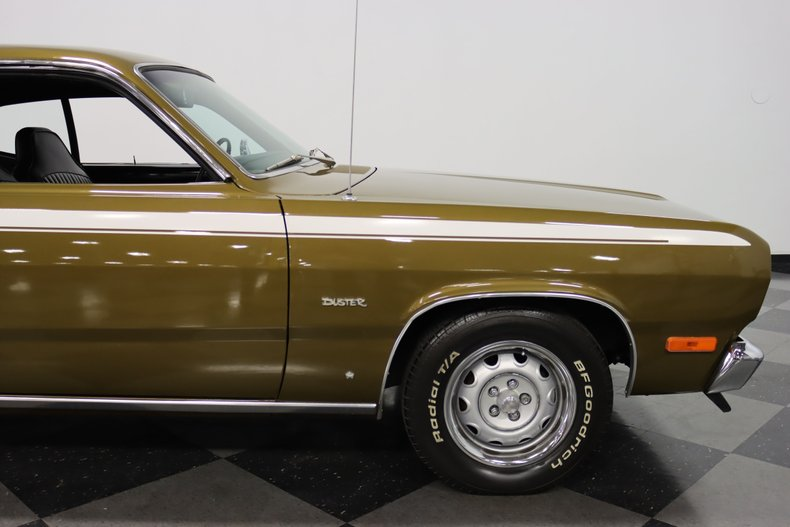 1972 Plymouth Duster 37