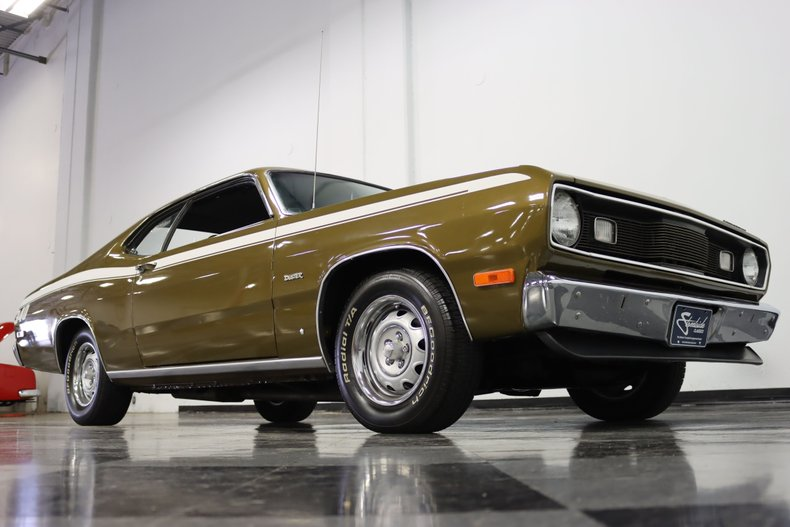 1972 Plymouth Duster 38
