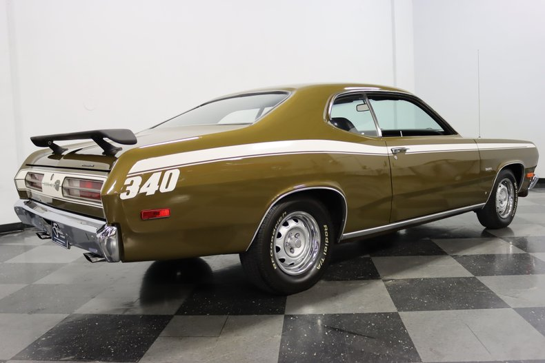 1972 Plymouth Duster 13