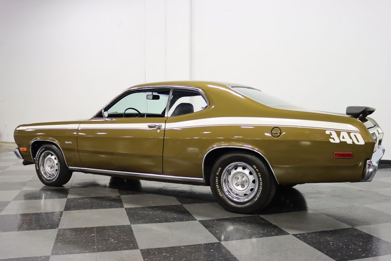 1972 Plymouth Duster 8