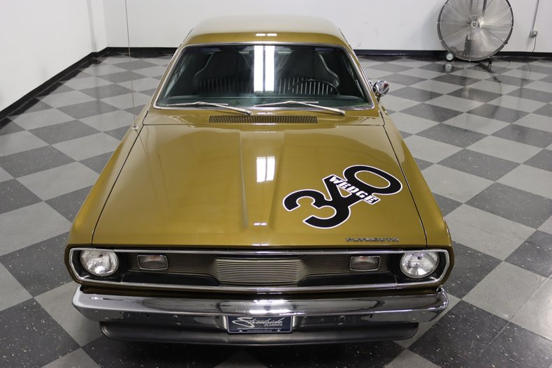 1972 Plymouth Duster 22