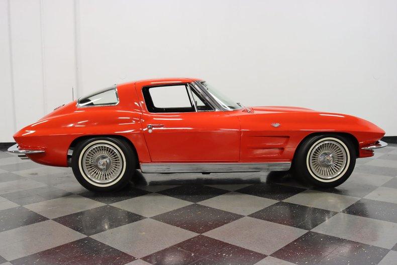 1963 Chevrolet Corvette 34