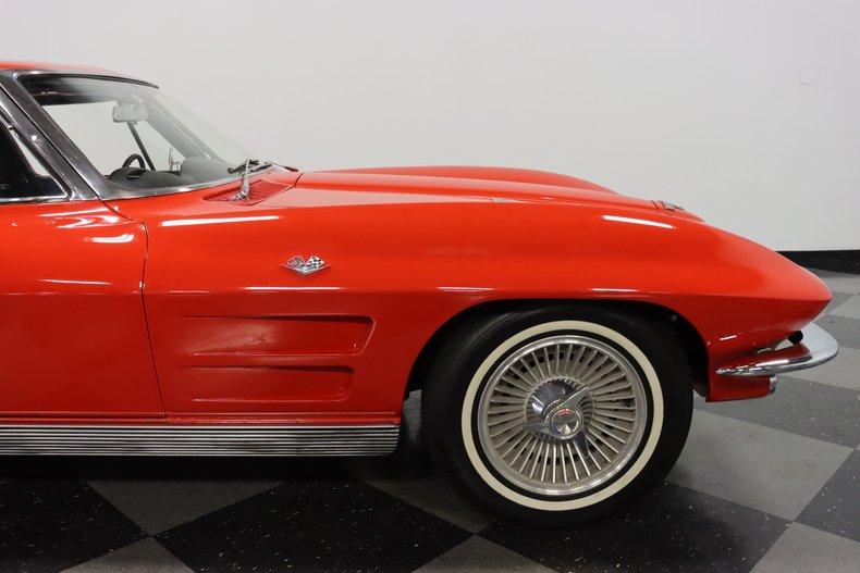 1963 Chevrolet Corvette 37