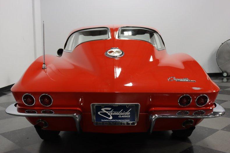 1963 Chevrolet Corvette 11