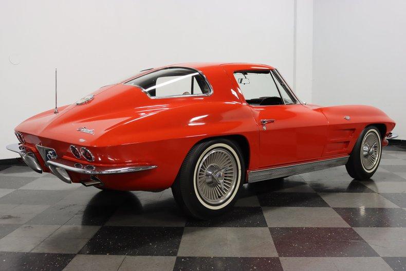 1963 Chevrolet Corvette 13