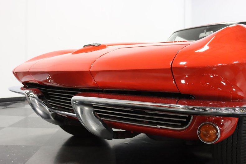 1963 Chevrolet Corvette 23