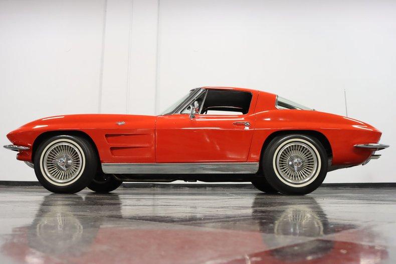 1963 Chevrolet Corvette 25